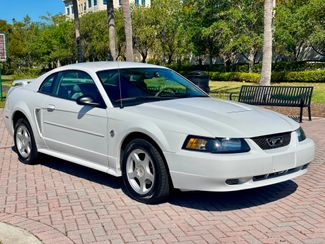 2004 Ford Mustang Deluxe Hollywood, Florida 2