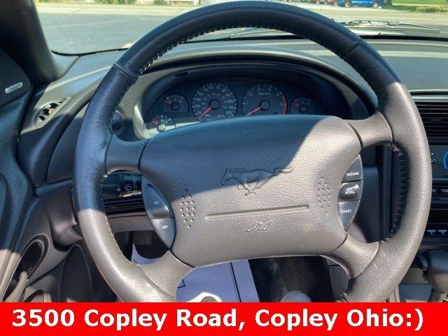 2004 Ford Mustang V6 in Medina, OHIO 44256