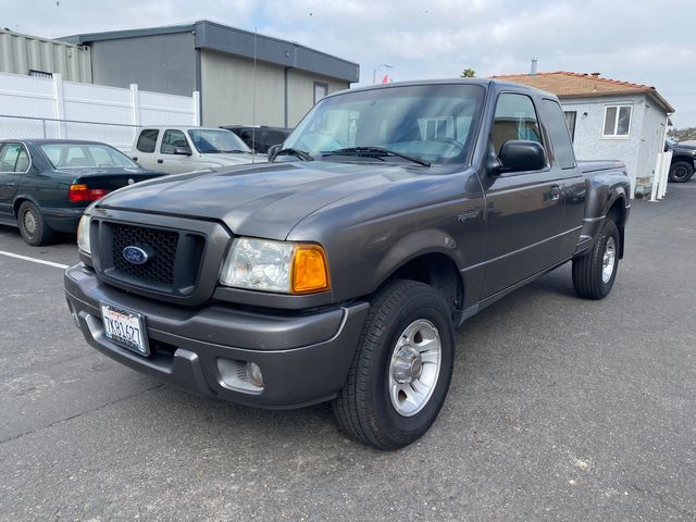 2004 Ford Ranger Edge Deluxe 4D w/ Rear Jump Seats