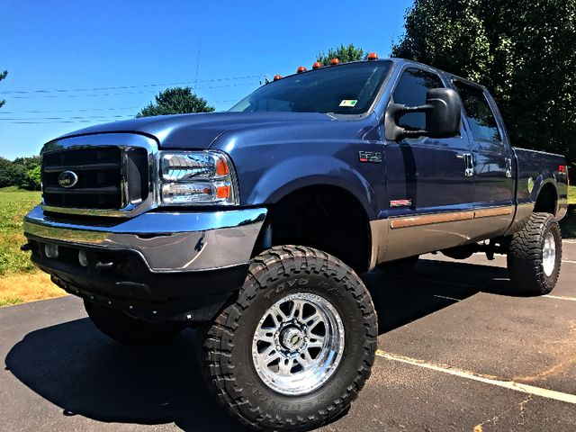 2004 Ford Super Duty F-250 Lariat in Leesburg Virginia, 20175
