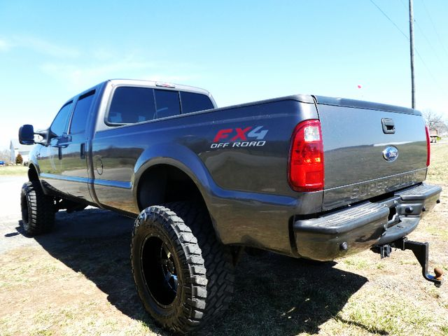 2004 Ford Super Duty F-250 Harley-Davidson Lifted The Way You Like Leesburg, Virginia 3