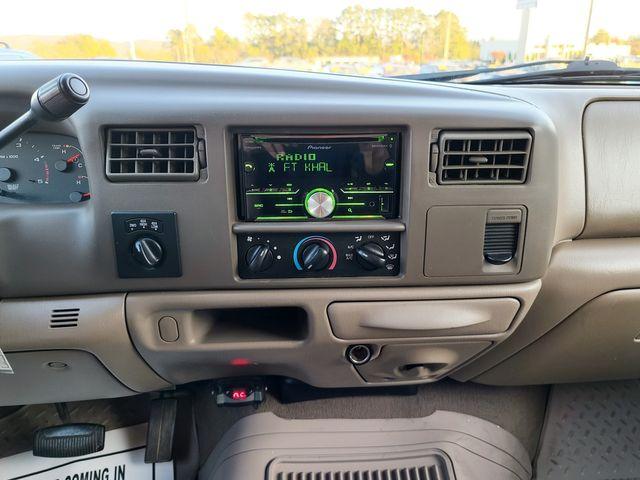 2004 Ford Super Duty F-250 Lariat 4WD 6.0L V8 TDSL in Louisville, TN 37777