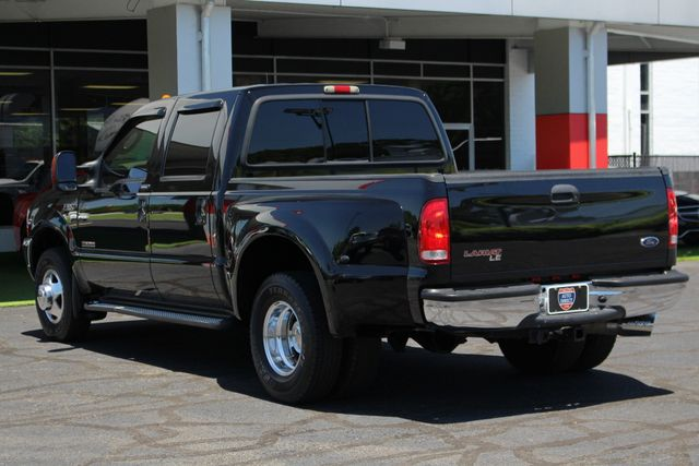 2004 Ford Super Duty F-350 DRW LARIAT LE EDITION - Crew Cab RWD - EXTRA$ Mooresville , NC 26