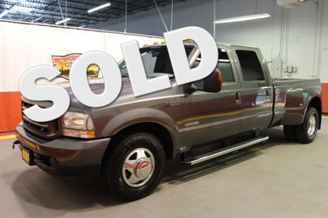 2004 Ford Super Duty F-350 DRW XLT in West Chicago, Illinois