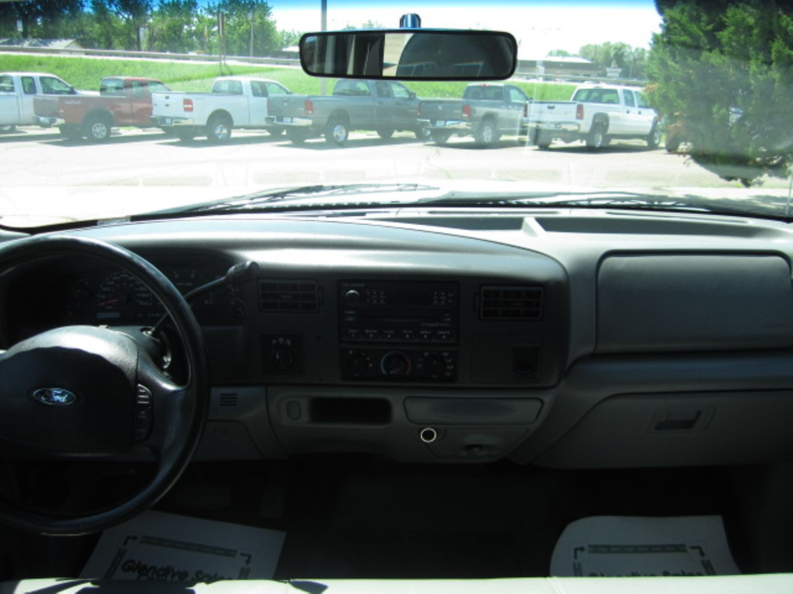 2004 Ford Super Duty F 350 Srw Xl Glendive Mt Sales Corp Cover Motor Size In