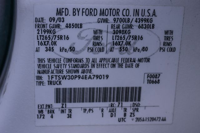 2004 Ford Super Duty F-350 SRW XLT in Reseda, CA, CA 91335