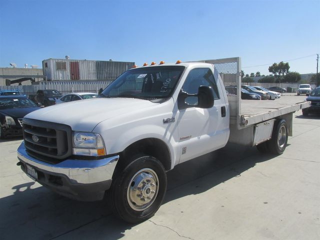 2004 Ford Super Duty F-450 DRW XLT Gardena, California