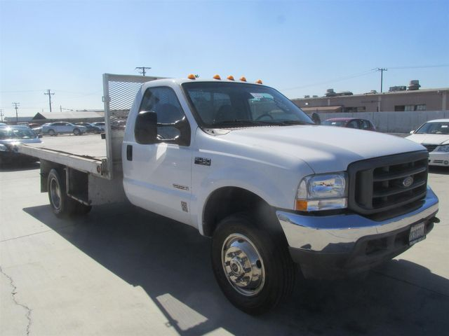 2004 Ford Super Duty F-450 DRW XLT Gardena, California 3