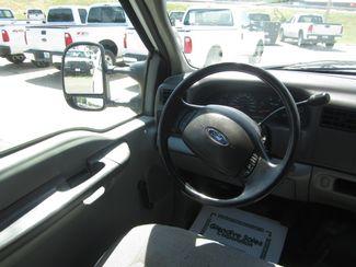 2004 Ford Super Duty F-450 DRW XL  Glendive MT  Glendive Sales Corp  in Glendive, MT