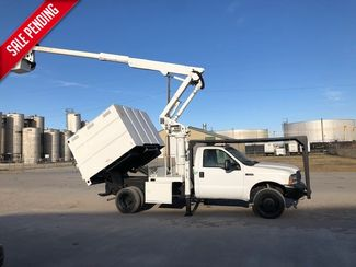 2004 Ford F-550 XL mini chipper box in Fort Worth, TX