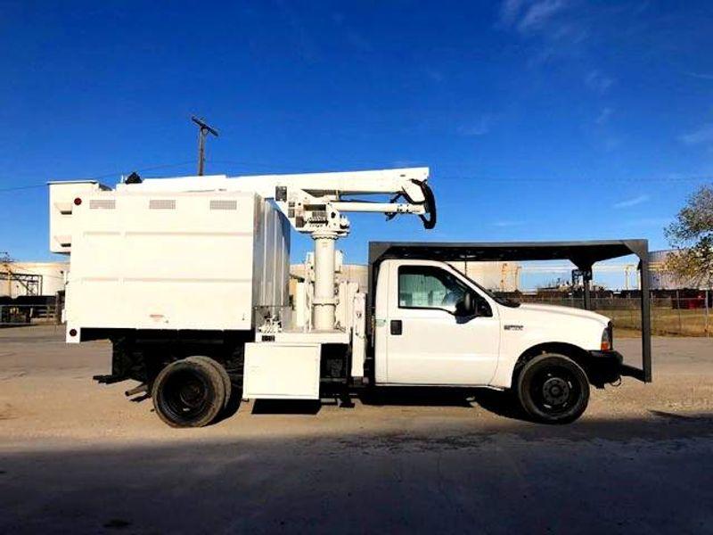 2004 Ford F-550 XL mini chipper box 41ft Altec articulating Telescopic Mini Forestry  city TX  North Texas Equipment  in Fort Worth, TX