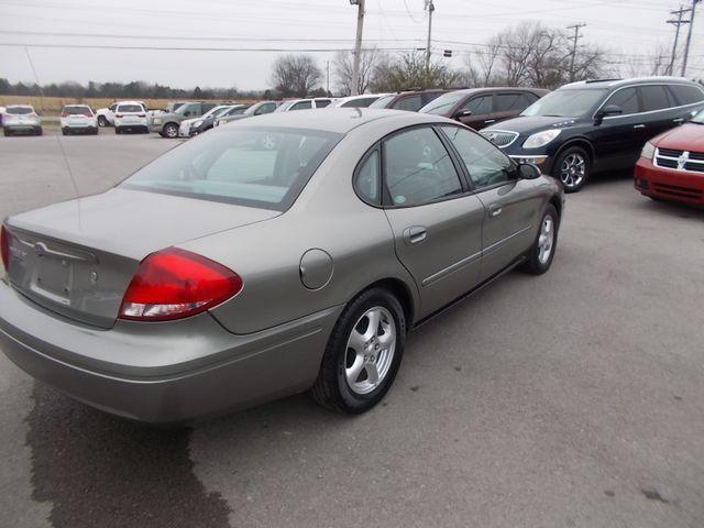 2004 Ford Taurus SE Shelbyville, TN 12