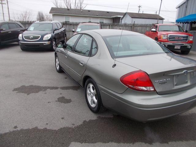 2004 Ford Taurus SE Shelbyville, TN 4