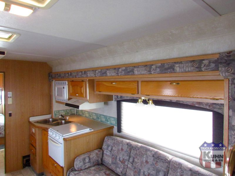 2004 Forest River Sunseeker 3100  in Sherwood, Ohio