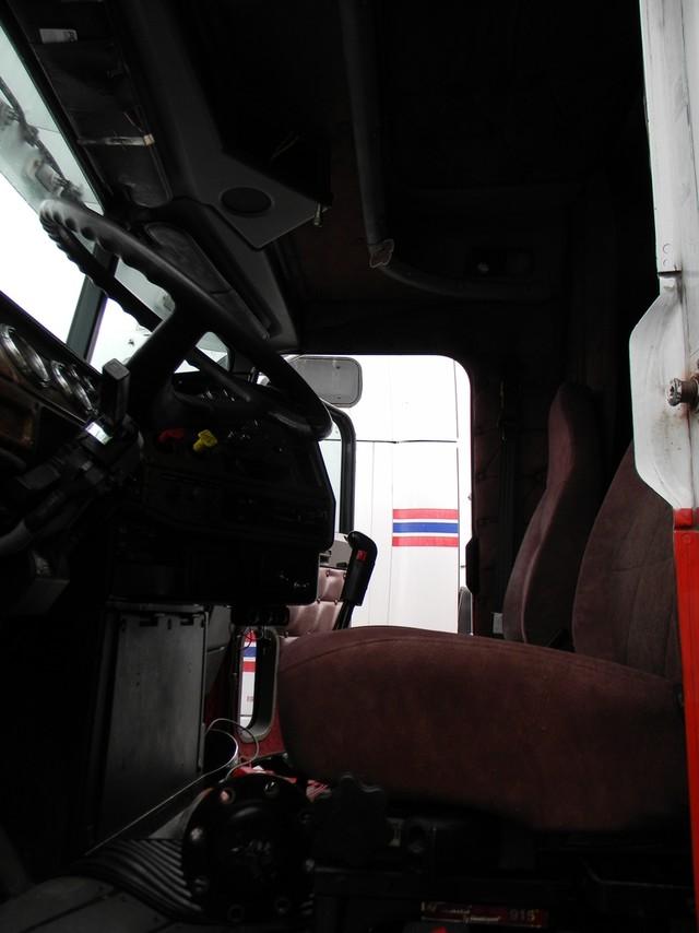 2004 Freightliner Classic XL in Ravenna, MI 49451