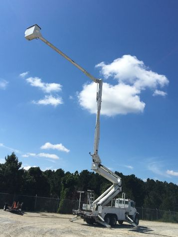 2004 Freightliner FL80 6X6 DOUBLE ELEVATOR BUCKET TRUCK  in Fort Worth, TX