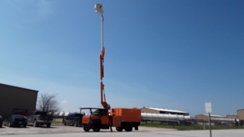 2004 Gmc C7500 BUCKET FORESTRY BUCKET TRUCK FORESTRY  city TX  North Texas Equipment  in Fort Worth, TX