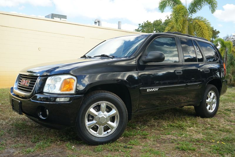 2004 GMC Envoy SLE in Lighthouse Point FL