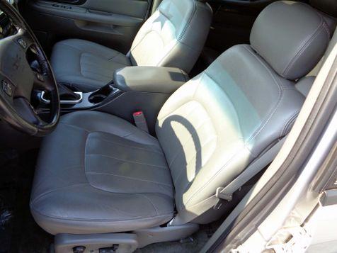 2004 GMC Envoy XUV SLT | Nashville, Tennessee | Auto Mart Used Cars Inc. in Nashville, Tennessee