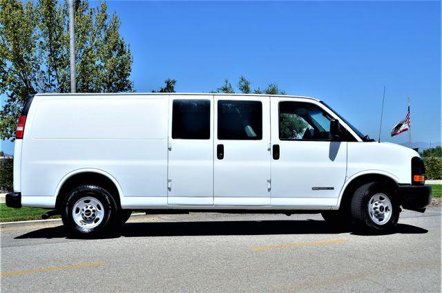2004 GMC Savana Cargo Van in Reseda, CA, CA 91335