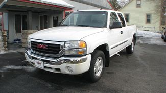 2004 GMC Sierra 1500 SLE in Coal Valley, IL 61240