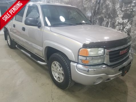 2004 GMC Sierra 1500 SLE 4x4 Crew in Dickinson, ND