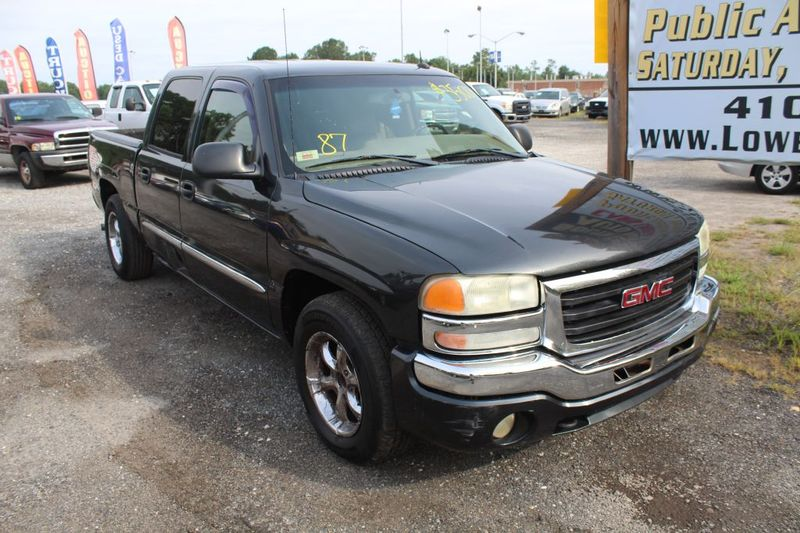 2004 GMC Sierra 1500 SLE  city MD  South County Public Auto Auction  in Harwood, MD