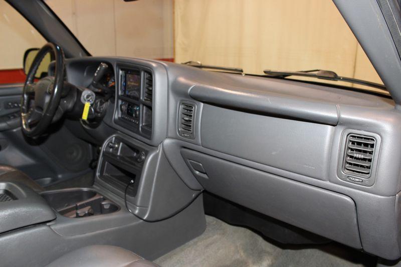 2004 GMC Sierra 2500HD SLT  city Illinois  Ardmore Auto Sales  in West Chicago, Illinois