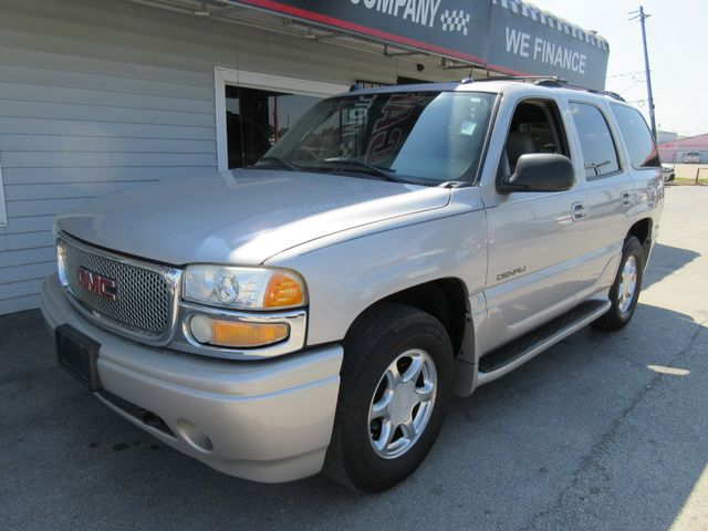 2004 GMC Yukon Denali, PRICE SHOWN IS THE DOWN PAYMENT south houston, TX 1