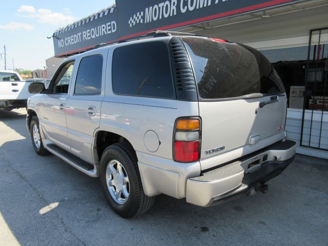 2004 GMC Yukon Denali, PRICE SHOWN IS THE DOWN PAYMENT south houston, TX 3