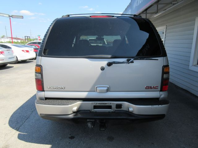 2004 GMC Yukon Denali, PRICE SHOWN IS THE DOWN PAYMENT south houston, TX 4