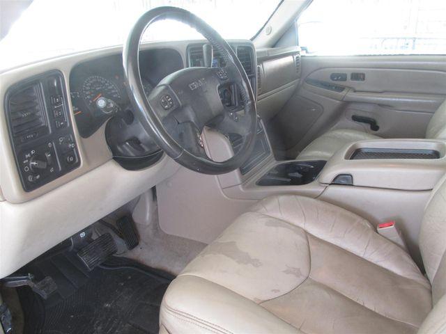 2004 GMC Yukon XL SLT Gardena, California 4
