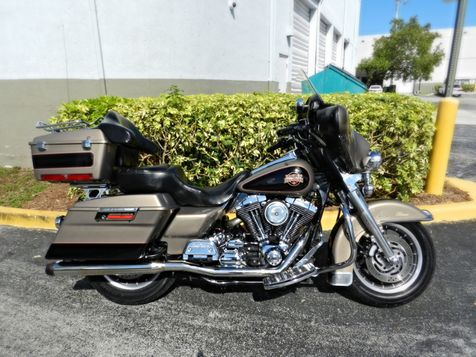 2004 Harley-Davidson Electra Glide® FLHTCI Classic  in Hollywood, Florida