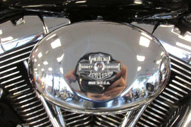 2004 Harley-Davidson Road King® Custom Arlington, Texas 26