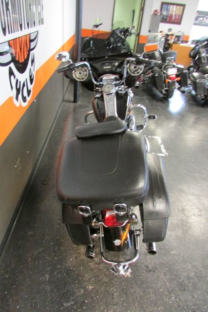 2004 Harley-Davidson Road King® Custom Arlington, Texas 9