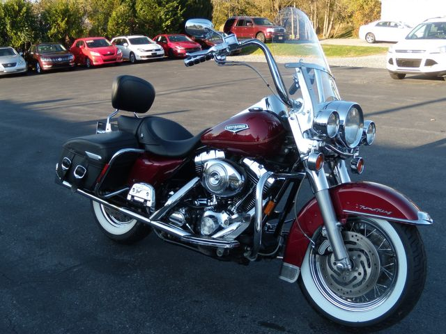 2004 Harley-Davidson Road King® FLHRC Road King Classic in Ephrata, PA 17522