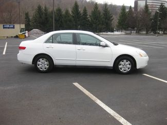 2004 *Sale Pending* Honda Accord LX Conshohocken, Pennsylvania 9
