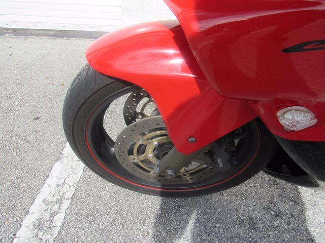 2004 Honda CBR600F4i in Dania Beach Florida, 33004