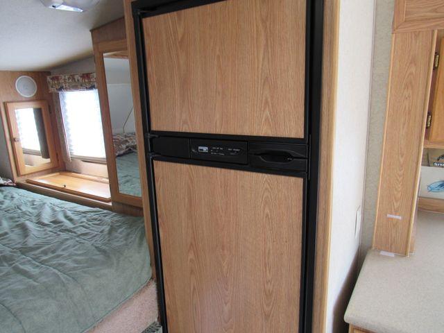 2004 Host Raineer 950 DS Camper 2 Slides Bend, Oregon 10