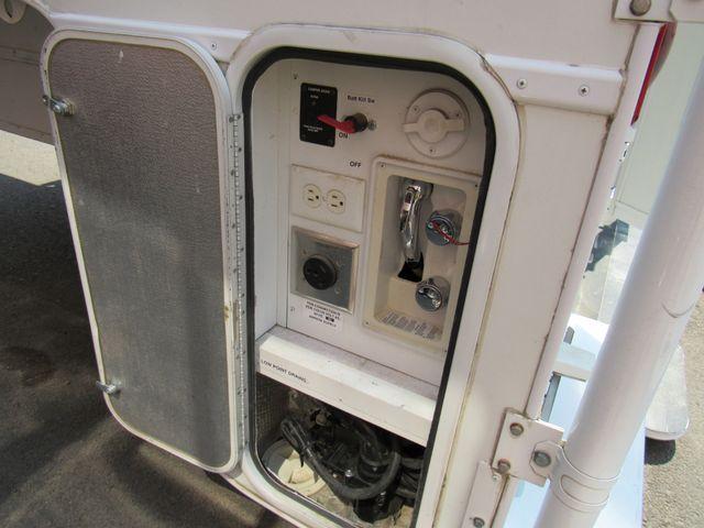 2004 Host Raineer 950 DS Camper 2 Slides Bend, Oregon 17