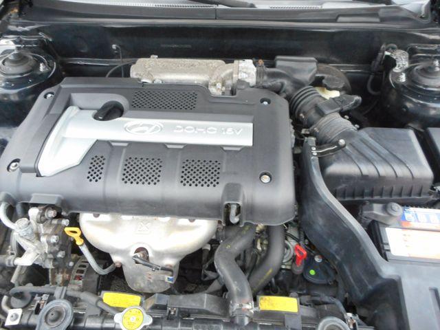 2004 Hyundai Elantra GLS New Windsor, New York 22