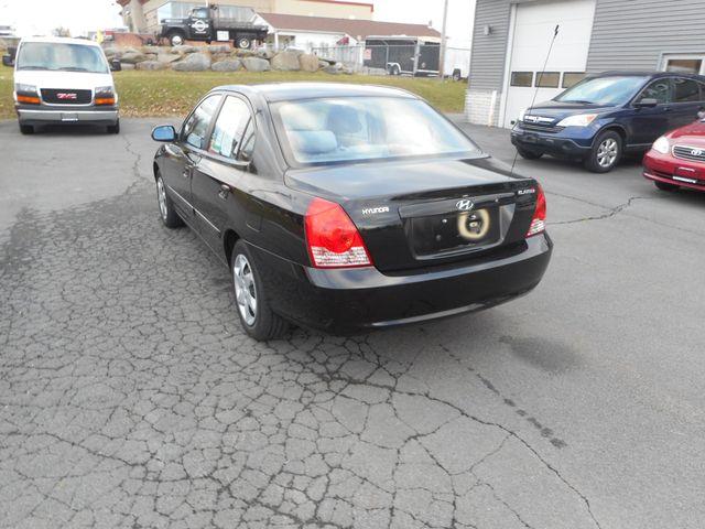 2004 Hyundai Elantra GLS New Windsor, New York 4