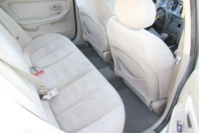 2004 Hyundai Elantra GLS Santa Clarita, CA 16