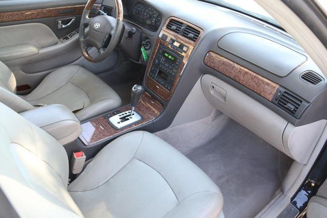 2004 Hyundai XG350 L Santa Clarita, CA 9