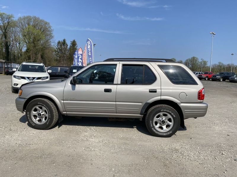 2004 Isuzu Rodeo S  city MD  South County Public Auto Auction  in Harwood, MD
