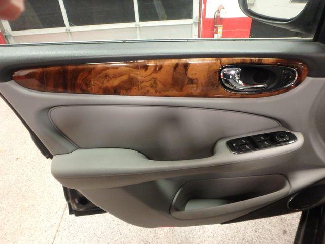 2004 Jaguar Xj8, New Brakes, Suspension, Tires and more.... Saint Louis Park, MN 14