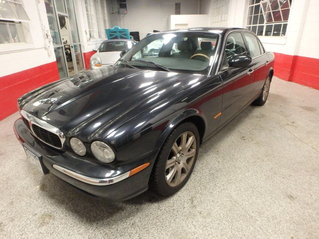 2004 Jaguar Xj8, New Brakes, Suspension, Tires and more.... Saint Louis Park, MN 8