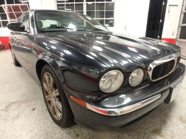 2004 Jaguar Xj8, New Brakes, Suspension, Tires and more.... Saint Louis Park, MN 19