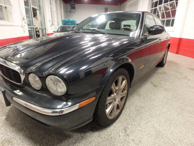 2004 Jaguar Xj8, New Brakes, Suspension, Tires and more.... Saint Louis Park, MN 20