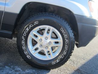 2004 Jeep Grand Cherokee Laredo Batesville, Mississippi 16